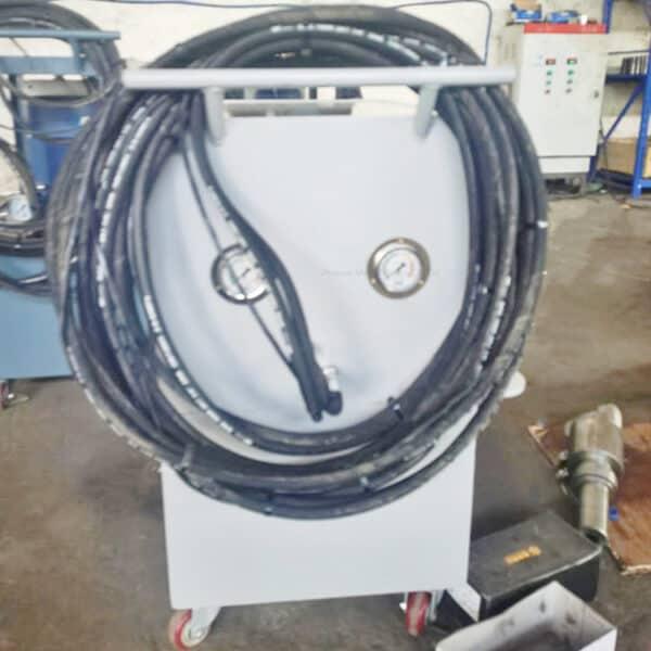 huck reviting equipment 1
